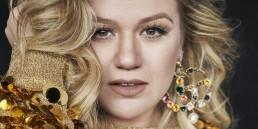 Kelly Clarkson New Album